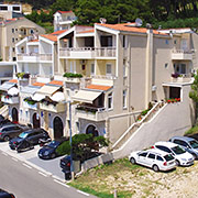 Apartments Merita, Brela